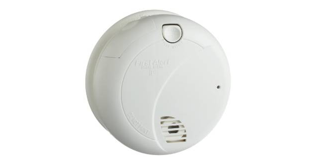 First Alert Smoke Alarm with Photoelectric Sensor